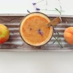 Orzeźwiający sok: banan, brzoskwinia, grejpfrut, jabłko, pomarańcza