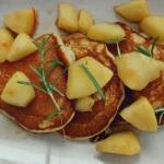 Placuszki z jabłkami w karmelu i rozmarynem