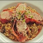 Kulinarne Kreacje: Polędwiczki w szynce parmeńskiej na grzybowym risotto