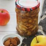 Co zrobić z jabłek? Prażone jabłka w słoikach - trzy wersje