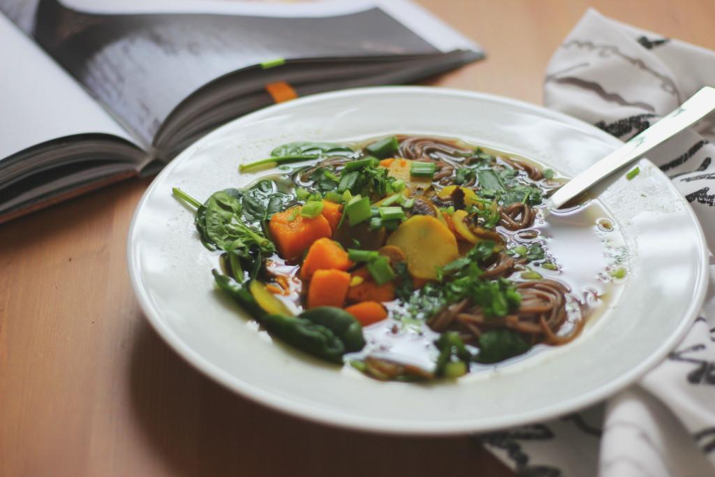 zupa miso z makaronem soba
